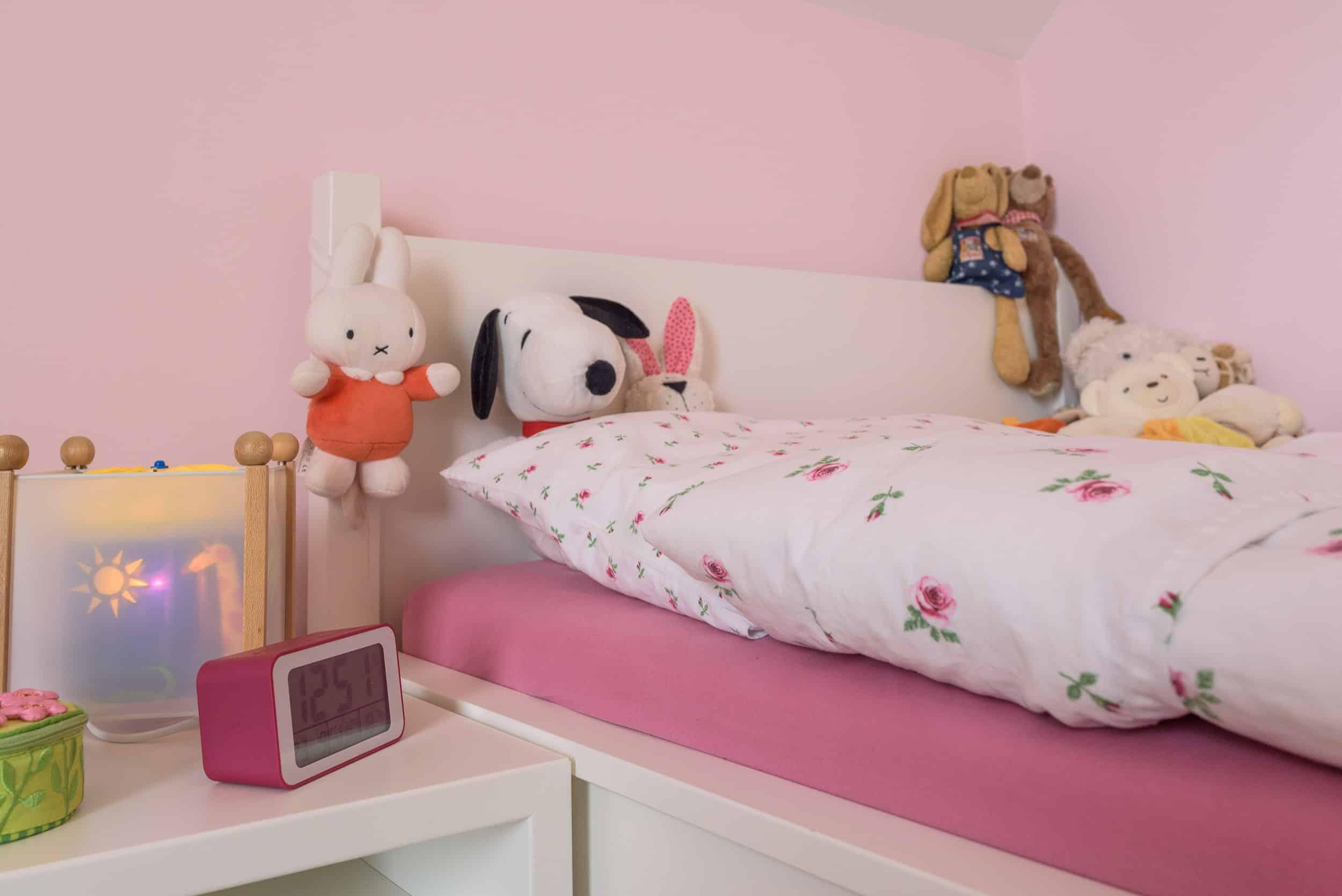 Kinder Himmelbett als Maßanfertigung unter einer DachschrägeKinder Himmelbett als Maßanfertigung unter einer Dachschräge