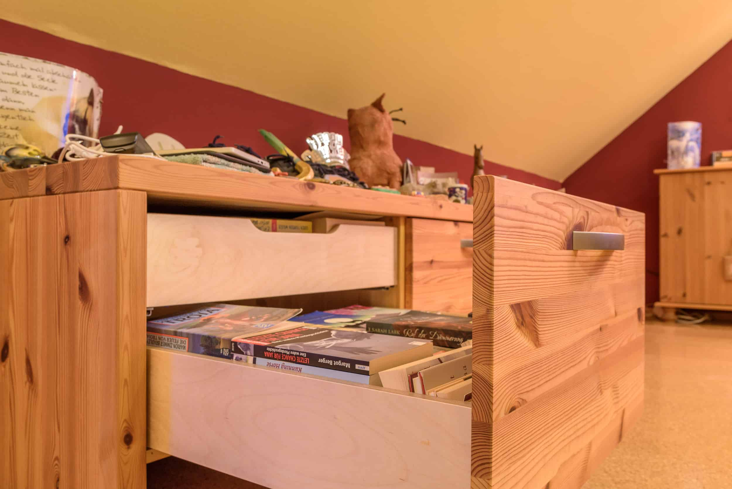 Funktionales Sideboard im Jugendzimmer